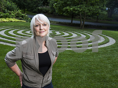 labyrinths-turning-up-in-some-homeowners-yards