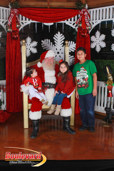Santa 12-17-16-488.jpg