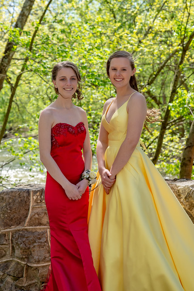 Carly's Prom Pics with Alexis & Austin