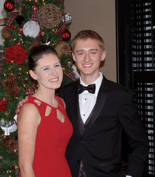 2016_12_03_Winter Formal03.jpg
