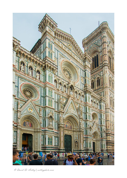 Entrance to Duomo from Piazza San Giovanni, Florence, Italy