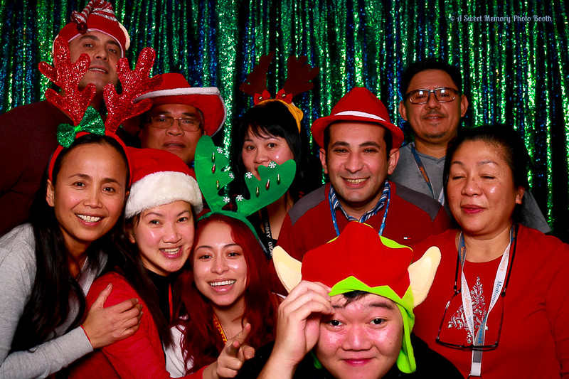 Medtronic Holiday Party -432.jpg