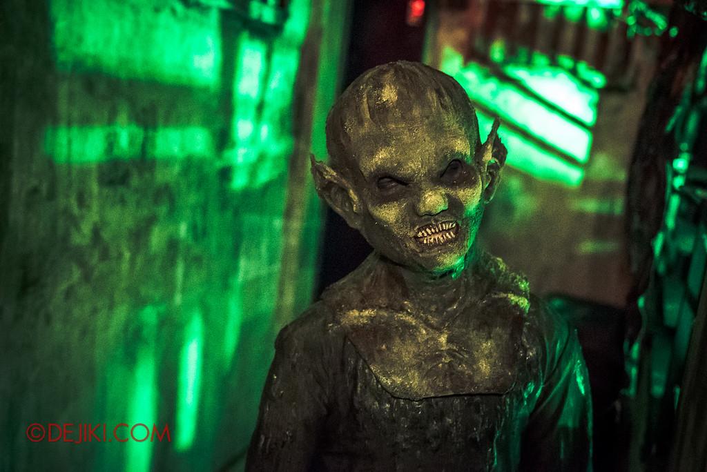 Halloween Horror Nights 6 - Old Changi Hospital / Toyol ghost