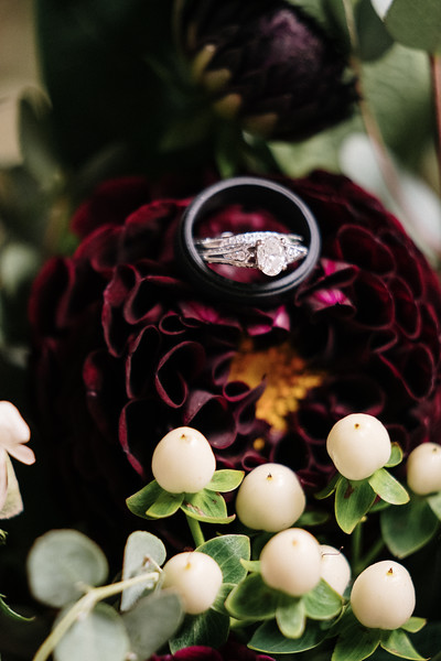 rustic_ohio__fall_barn_wedding-247.jpg
