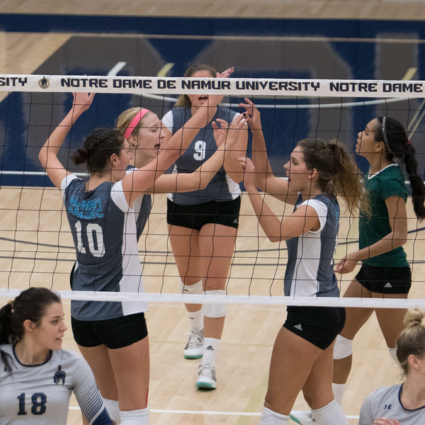 HPU Volleyball-92141.jpg