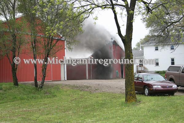 5/13/10 - Mason barn fire, 4180 Toles Rd
