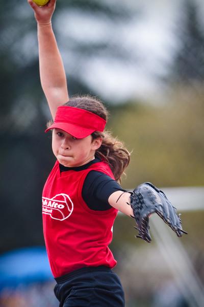 softball 4-3-2010-34.jpg