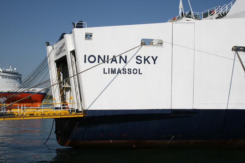 2010 - F/B IONIAN SKY in Brindisi.