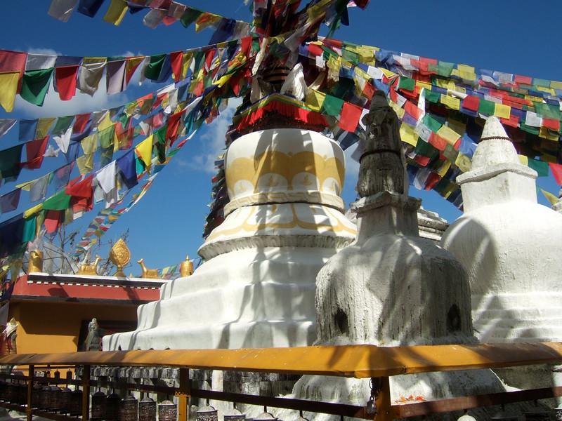 Melissa: stupa flags