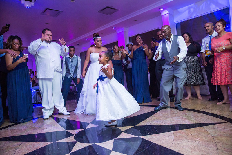 MER__1484_tonya_josh_new jerrsey wedding photography.jpg