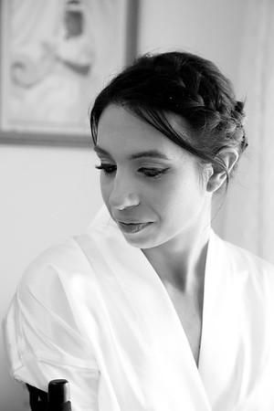 Gomez & Martinez Wedding: Sarah Getting Ready