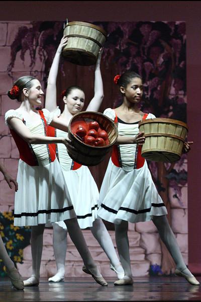 dance_050209_339.jpg