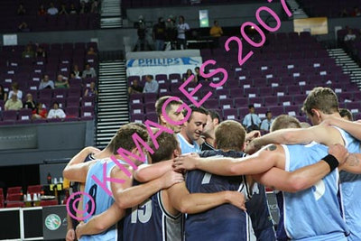 """Kings Vs Townsville - Pre-Game, Cheerleaders & Half-Time Entertainment & """"THE PROPOSAL"""" 16-2-07"""