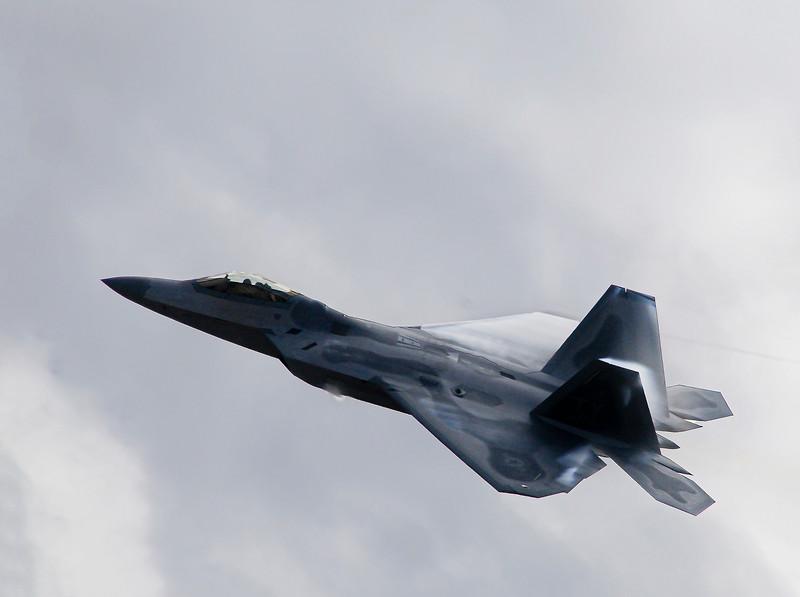 F 22-3.jpg