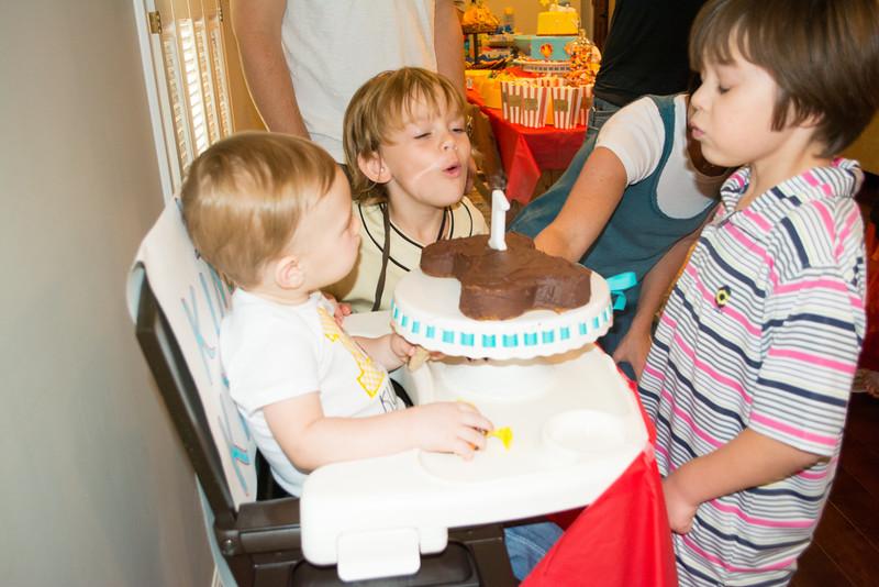 Kyler's First Birthday (85 of 304).jpg