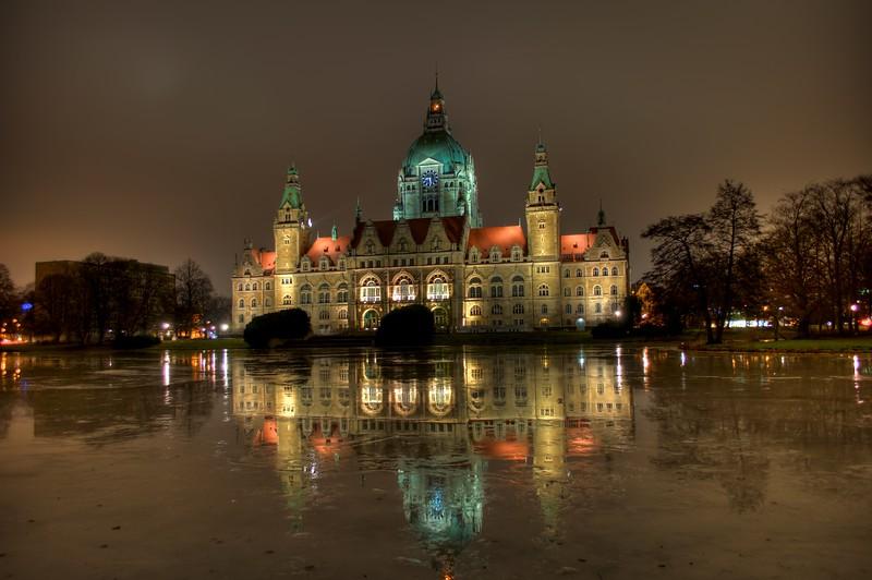 Neues Rathaus.jpeg