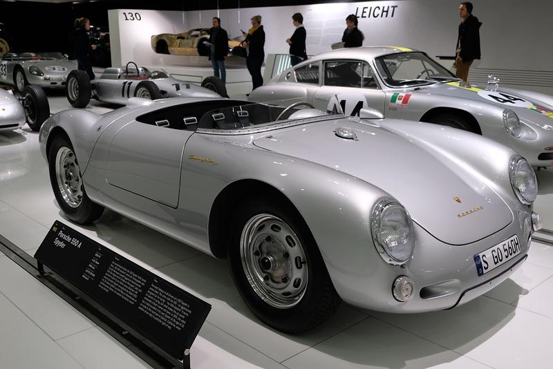 Porsche Museum 550 James Dean 03.jpg