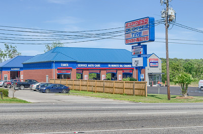 EXPRESS OIL CHANGE - 3526 Montgomery Hwy, Dothan, A