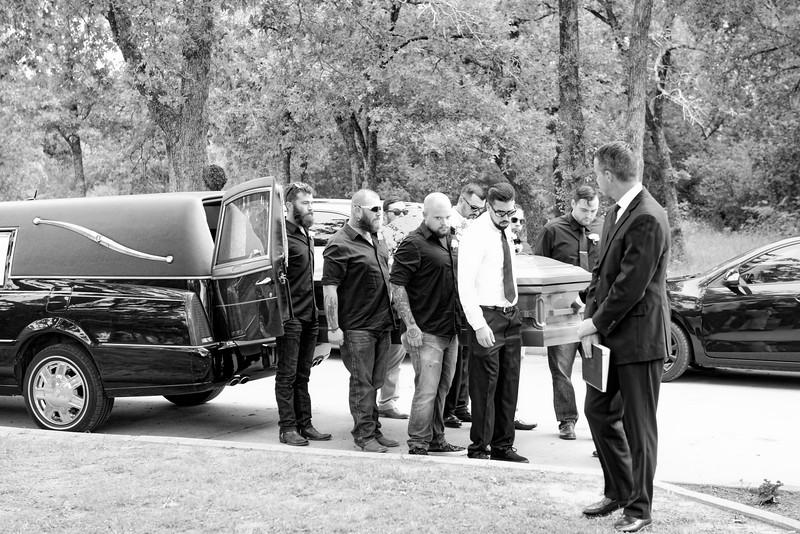 2016-05-14 Gieger Funeral 011 - bw.jpg