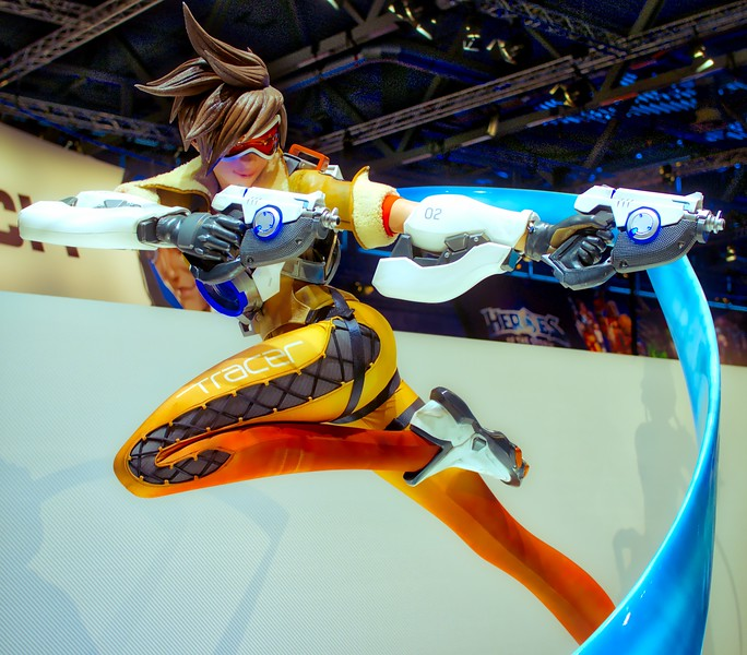 Tracer from Overwatch at Gamescom 2016
