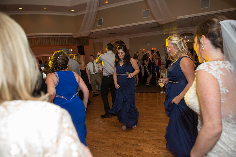 MRN_1613_Loriann_chris_new_York_wedding _photography_readytogo.nyc-.jpg.jpg