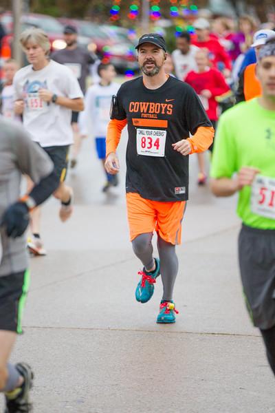 JD Strong running in the Chil Your Cheeks marathon in Yukon, OK.