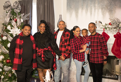 Sonya Early & Family Christmas Shoot