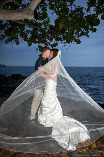 221__Hawaii_Destination_Wedding_Photographer_Ranae_Keane_www.EmotionGalleries.com__140705.jpg