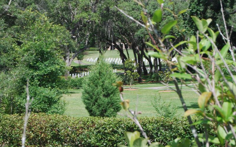 06 Florida National Cemetery.jpg