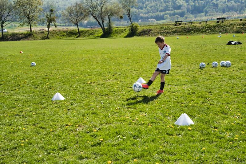 hsv-fussballschule---wochendendcamp-hannm-am-22-und-23042019-w-64_40764457033_o.jpg