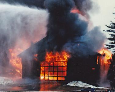 Topsfield, MA 2/24/1996 - 129 Perkins Row