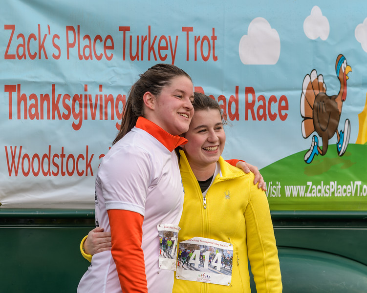 2019 Zack's Place Turkey Trot -_8507834.jpg