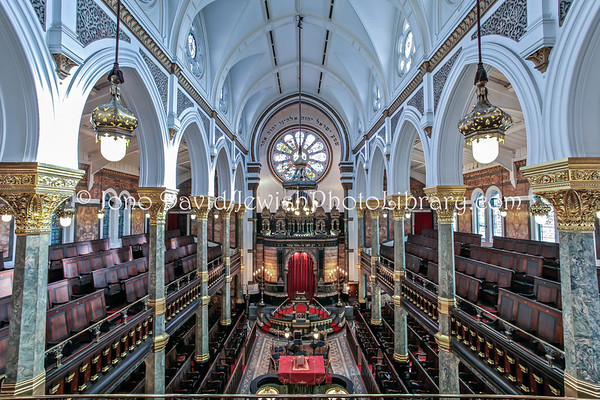ENGLAND, London. New West End Synagogue (3.2011)