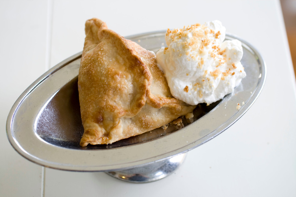 ". Easy apple pie pockets. From start to finish, <a href=""http://archive.sltrib.com/story.php?ref=/sltrib/entertainment2/57114756-223/turkey-calories-minutes-sugar.html.csp\"">the recipe estimates 40 minutes</a>. (AP Photo/Matthew Mead)"