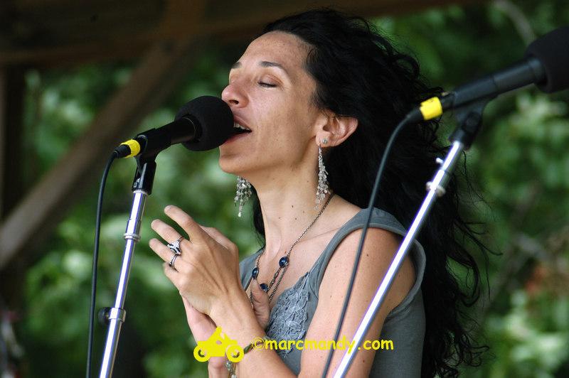 Phila Folk Fest- Sat 8-27 039 Bethany & Rufus.JPG