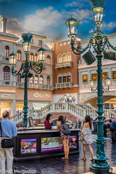 Street walk & Las Vegas-14.jpg