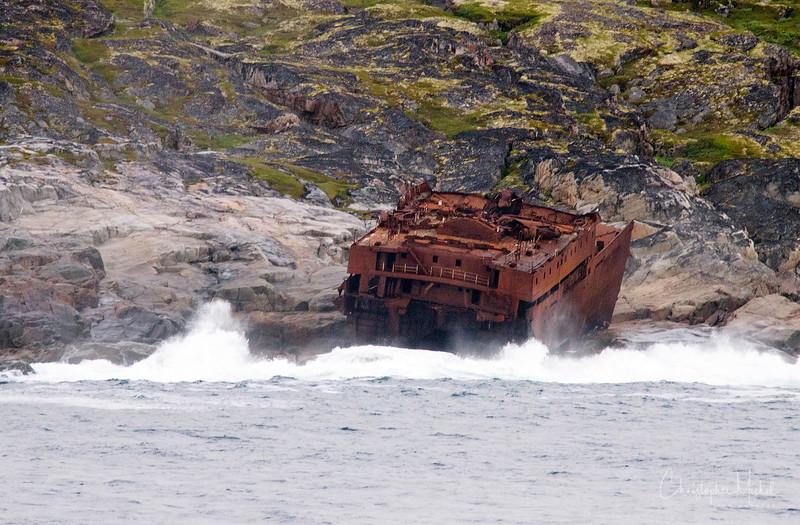 Shipwreck Kola Bay.jpg