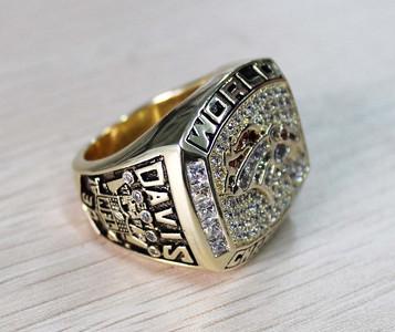 1997 Denver Broncos superbowl ring NFL