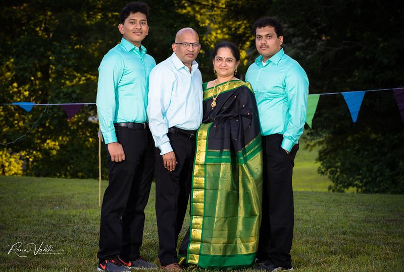 FamilyPicture-1-21.jpg