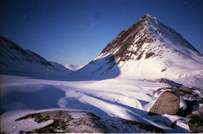 near skilak glacier.jpg