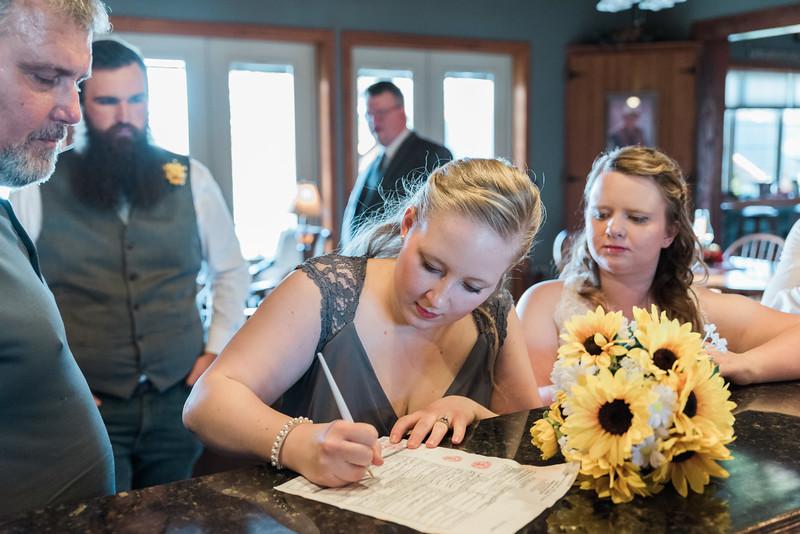 ELP0224 Sarah & Jesse Groveland wedding 2645.jpg