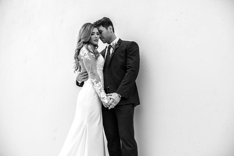 Kate&Josh_B&W_ZACH.WATHEN.PHOTOGRAPHER-245.jpg