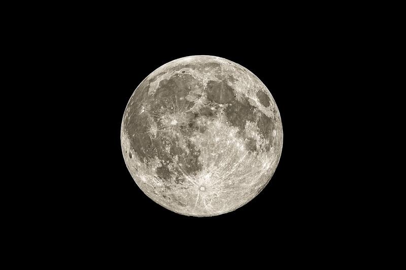 The Moon 7-8-2017.jpg