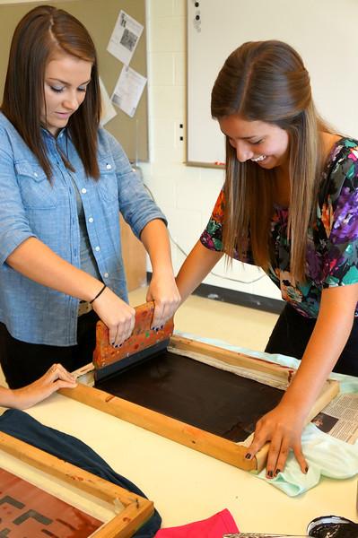 Lutheran-West-Art-Class-Silk-Screen-T-Shirts--September-2012--55.JPG