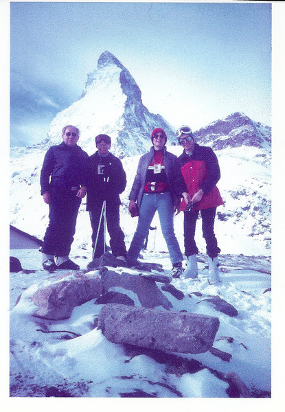 1982 JER Mathews skiing Zermatt with Leo a.jpg