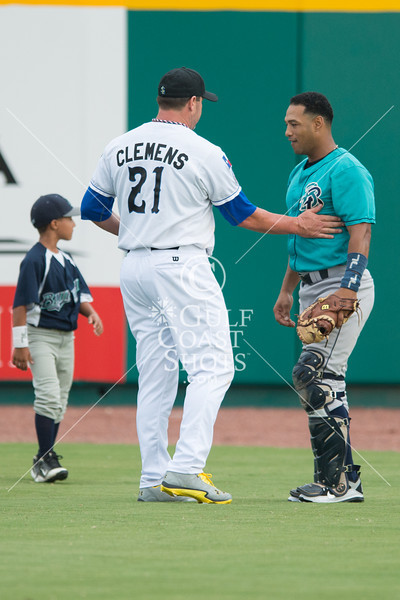 2012-08-25 Baseball Roger Clemens returns to pro baseball