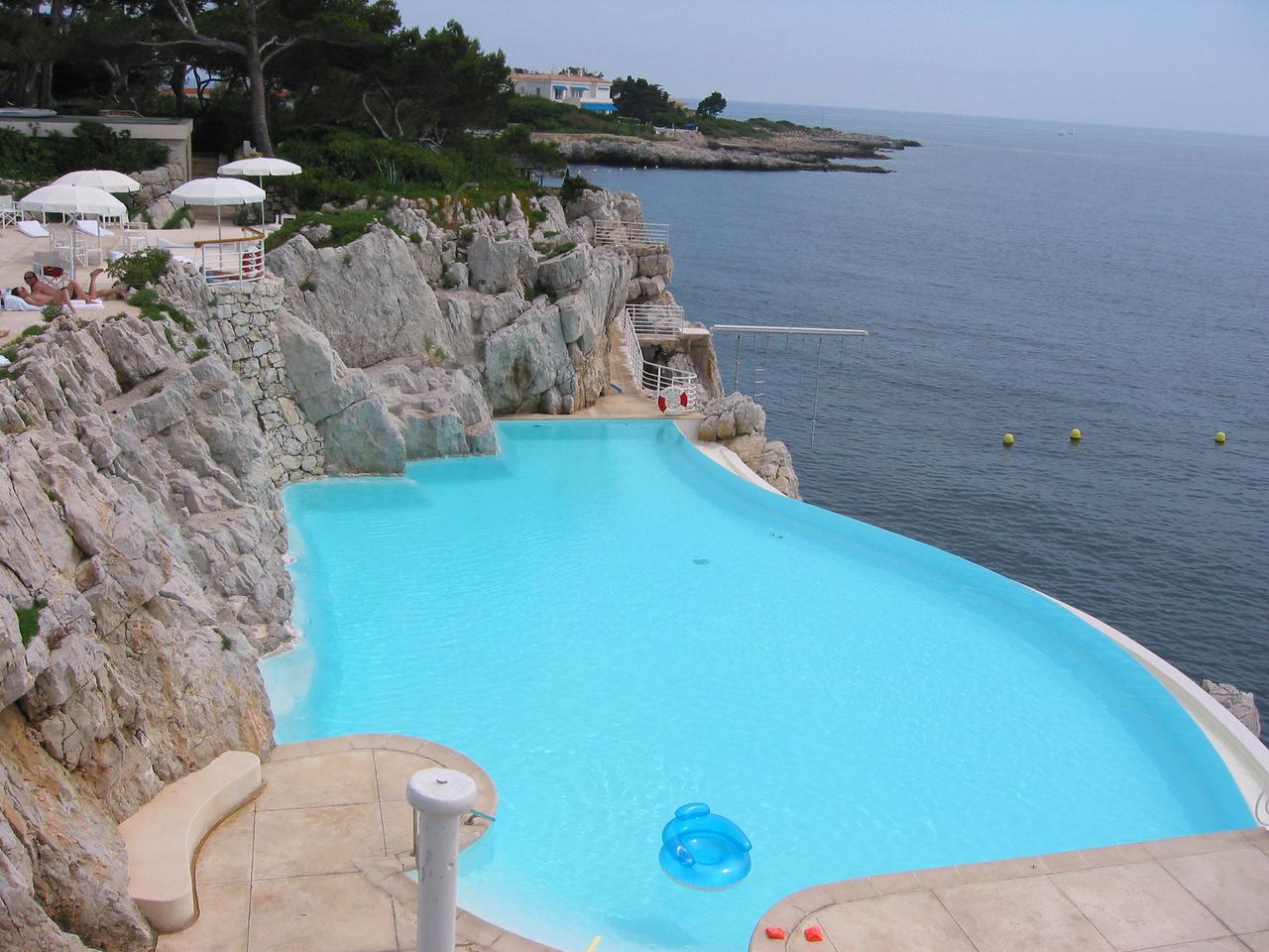 Hotel du Cap salt pool