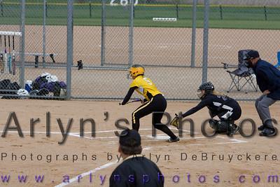 Hutch Softball vs GSL