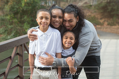 2017_12_17 Kayla Family pictures