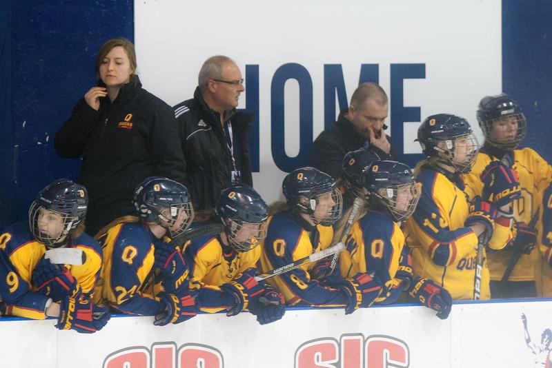 20130310 QWHockeyvsUBC 681.jpg
